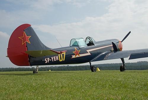 Як-50 Yakovlevs Yak-50 Etienne Verhellen by Luc Barry (2)