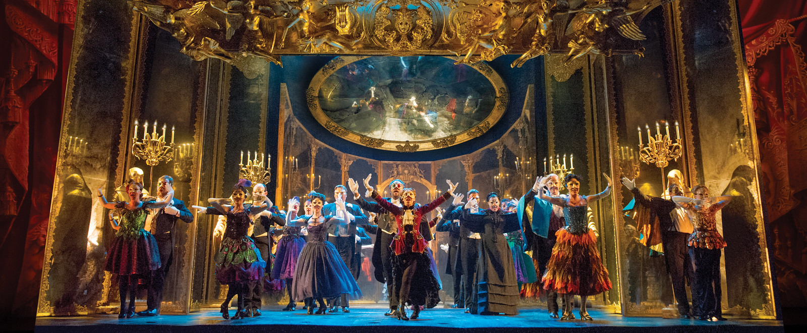Broadway in Detroit: The Phantom Of The Opera at the Detroit Opera House January 24 - February 3, 2019 | via Wading in Big Shoes