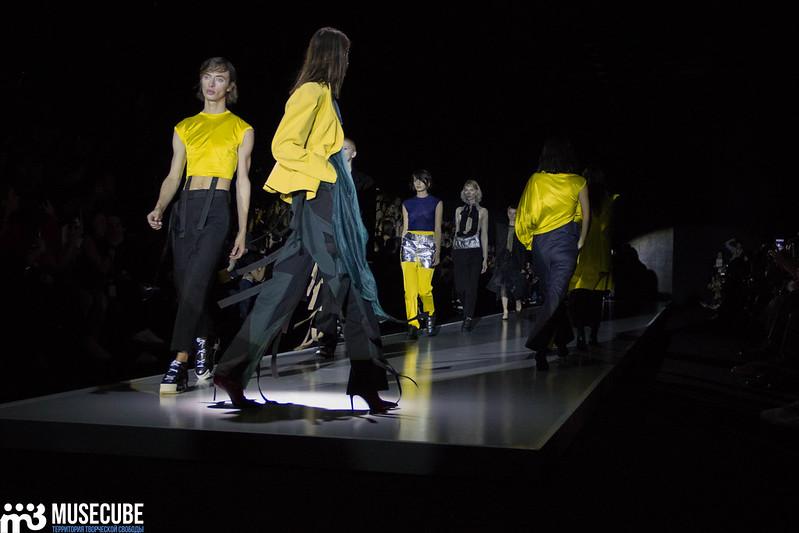 mercedes_benz_fashion_week_pirosmani_060