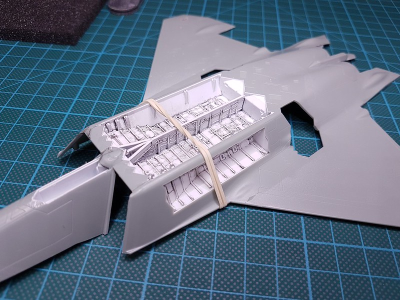 Academy 1/72 F-22A Air Dominance Fighter - Sida 3 31994909918_288028a38b_c