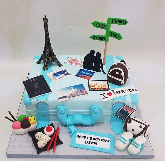 Cake by Chetali & Ridhi Gupta of Sugar-y-Doodle