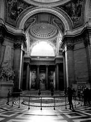 Pantheon Pendulum