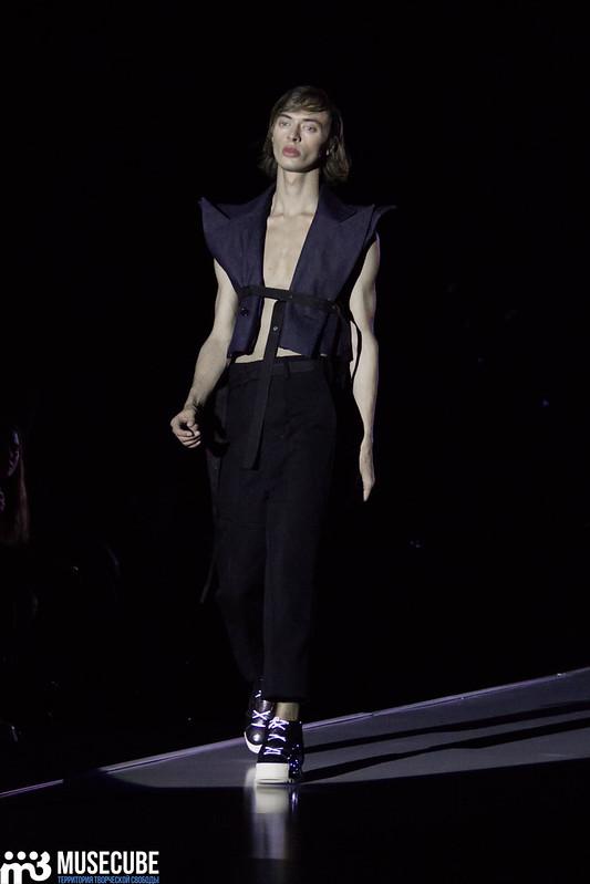 mercedes_benz_fashion_week_pirosmani_010