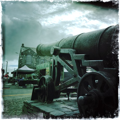 cannon at muckroom castle