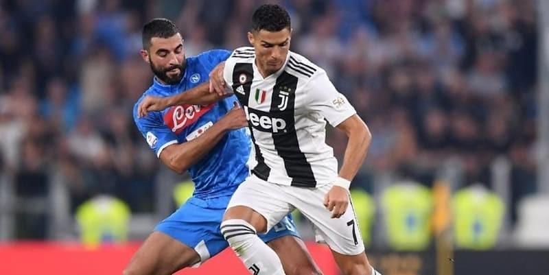 Striker Napoli Dries Mertens Menilai Juventus belum Meyakinkan
