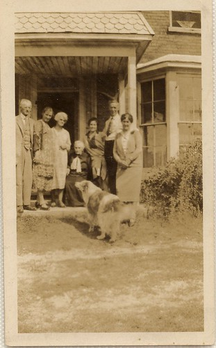 PB10035 PC Mrs James Thomson, Mrs Adelaide McLeod, Lewis Thomson, and dog Laddie c1925