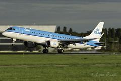 KLM_Embraer ERJ-190STD_PH-EZY_AMS_AUG18