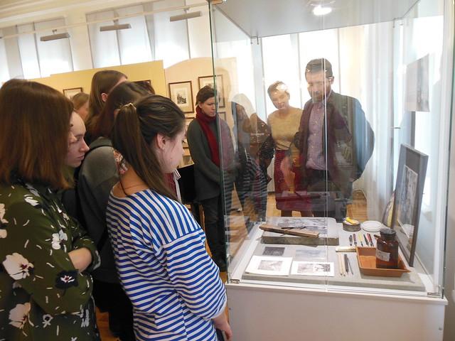 2018 Студенты посетили выставку живописи и графики