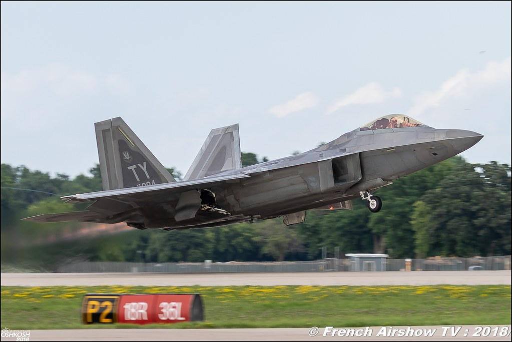 AFRC 70th Anniversary F-22 Raptor Team USAF EAA Oshkosh 2018