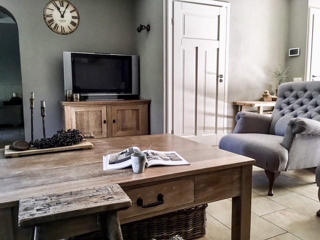 Tv kast fauteuil salontafel landelijke stijl