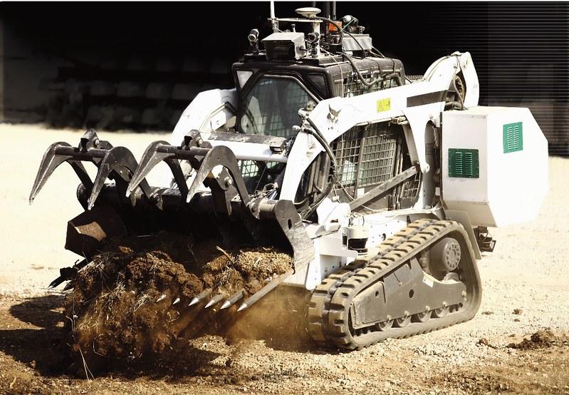 IAI-Sahar-robotic-bulldozer-iai-1