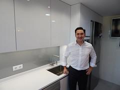 Bernardo en su cocina