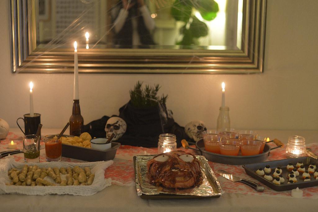 halloween buffet table