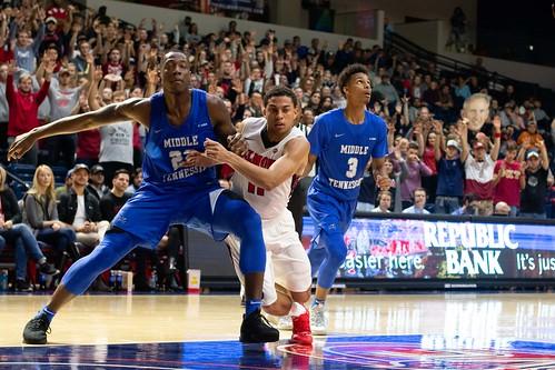 Men's Basketball vs MTSU 2018