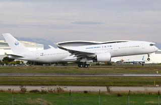 F-WZFI Airbus A350 Sichuan.