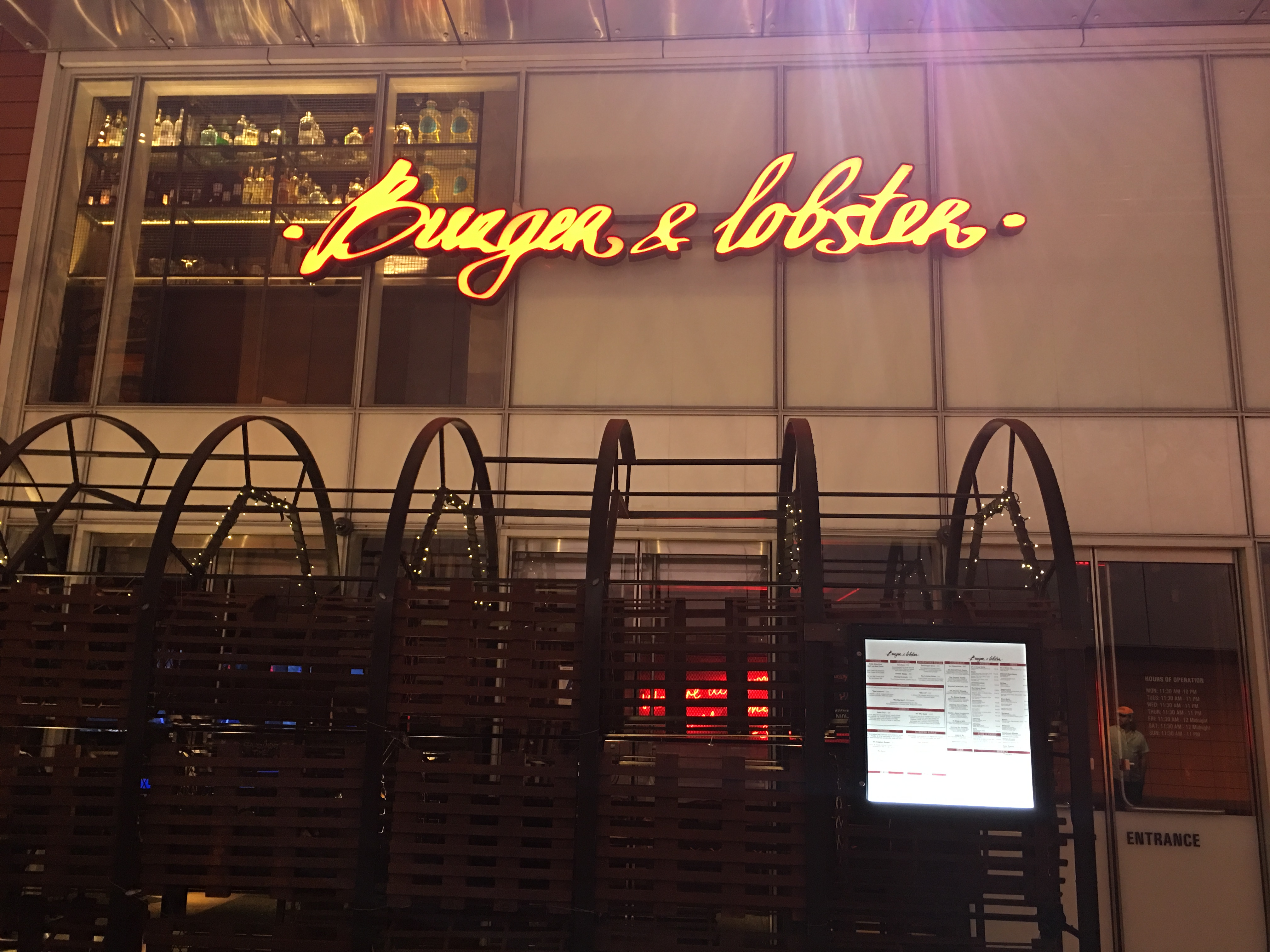 Burger and Lobster by Socially Superlative (17)