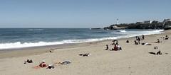 Biarritz  (Pyrénées Atlantiques, Fr) – Lire sur la plage…