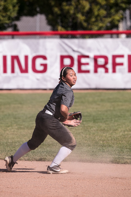 Softball_scrimages_10.2018-2823, Canon EOS 5DS, Canon EF 400mm f/4 DO IS II USM