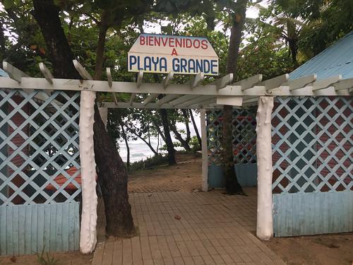 Eingang / Entry Playa Grande - Rio San Juan