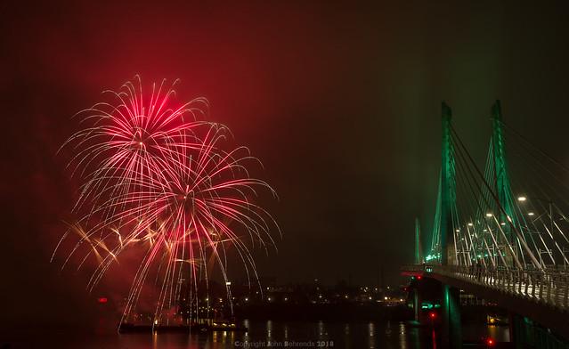 Light The Night fireworks, RICOH PENTAX K-1, HD PENTAX-D FA 28-105mm F3.5-5.6 ED DC WR