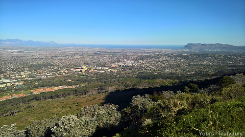All the way to False Bay and the Indian Ocean can be seen from the King's Blockhouse.