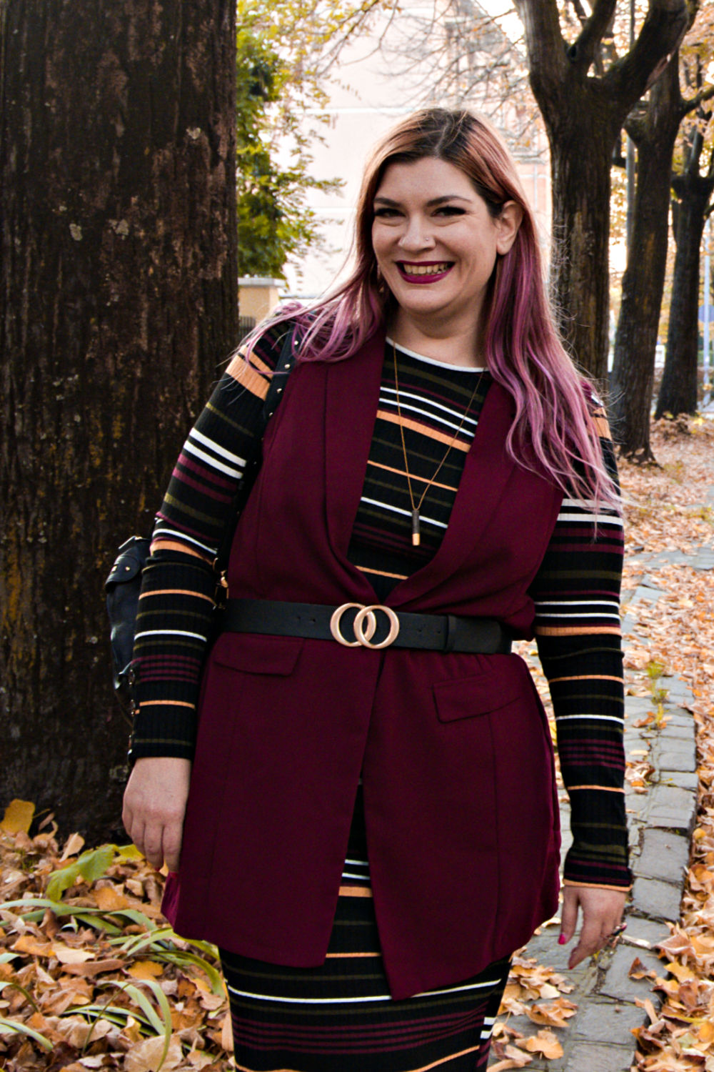 Outfit curvy, plus size, come indossare un vestito aderente, bodycon (11)