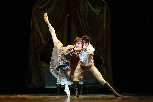 Natalia Osipova as Mary Vetsera and Ryoichi Hirano as Crown Prince Rudolf in Mayerling, The Royal Ballet © 2018 ROH. Photograph by Helen Maybanks