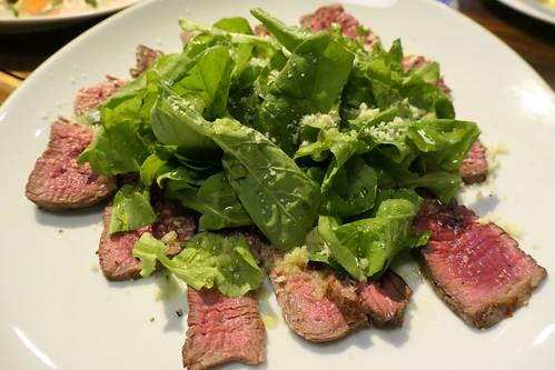 牛ヒレ肉の薄切りステーキ