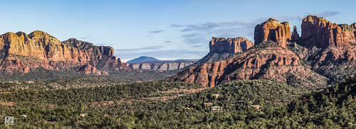 sedona arizona arizonapassages panorama panoramicview mountains peaks valley trees rocks rockformation redrocks sunny sky landscape nature travel scenery