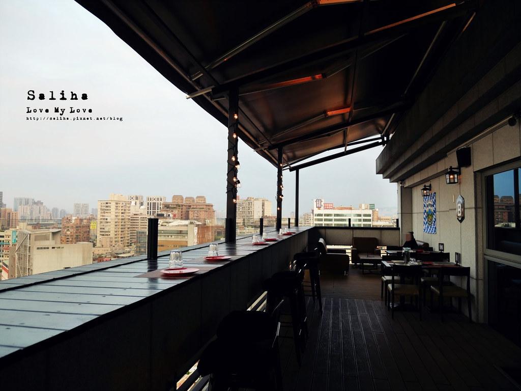 板橋府中站附近氣氛好浪漫約會餐廳美食推薦ABV閣樓餐酒館義大利麵沙拉啤酒 (5)