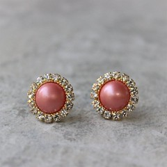 Coral Earrings, Coral Pearl Earrings, Coral Bridesmaid Jewelry, Gold and Coral Jewelry, Coral Earings, Wedding Jewelry, Bridesmaid Gifts https://t.co/ChkpJGsTK4 #weddings #bridesmaid #jewelry #earrings #gifts https://t.co/0fCtVyFSgt