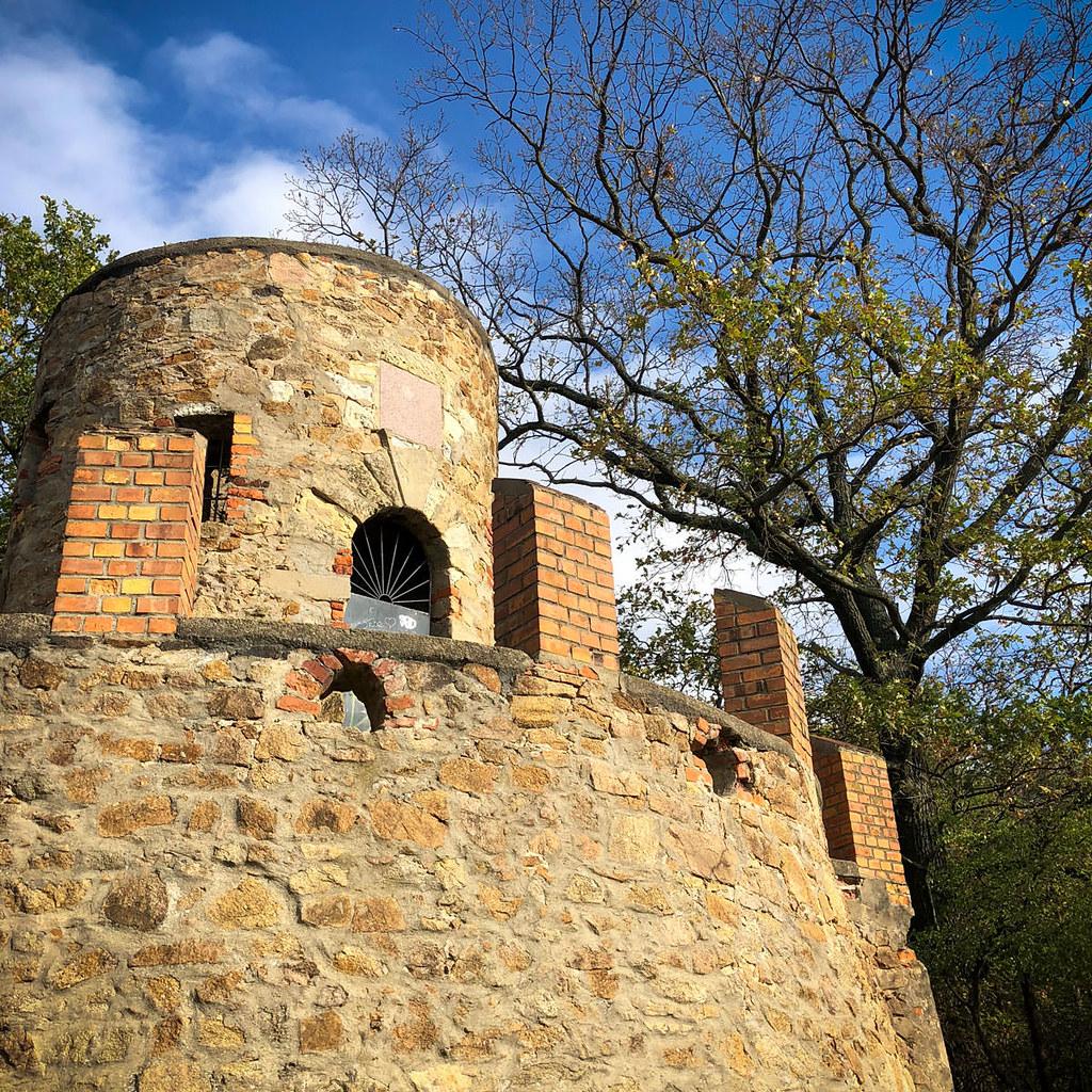 Drei Türme zwischen Weinböhla und Niederau