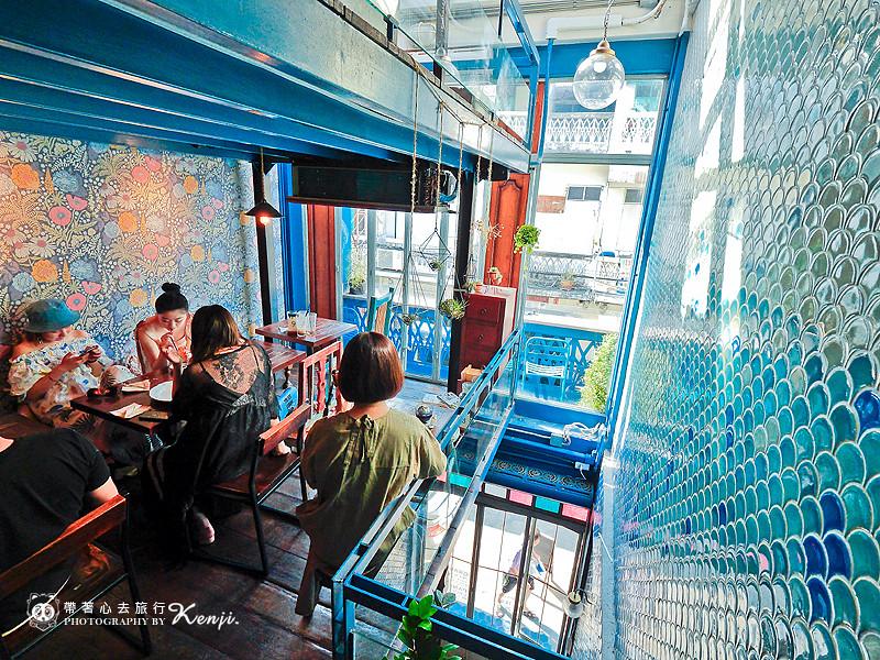 blue-cafe-11