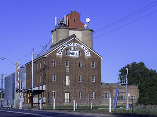Pardey & Co Ltd Flour Mill, Temora NSW, built 1908 - see below