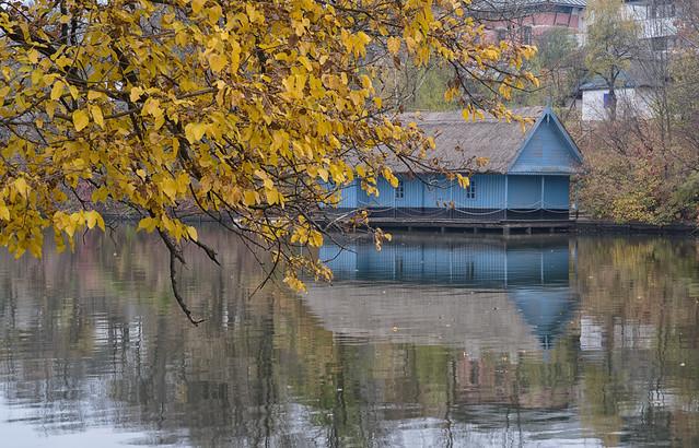 Blue Cabin in a, RICOH PENTAX K-1, smc PENTAX-FA 77mm F1.8 Limited