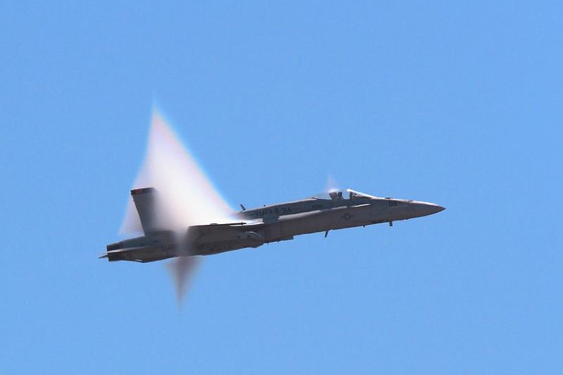 IMG_0382 Vapor Cone of F/A-18 Hornet