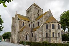 00678 Église abbatiale Saint-Trinité de Lessay - Photo of Bolleville