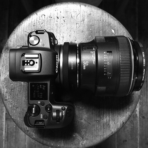 Eos R + EF50mm f1.0 L USM