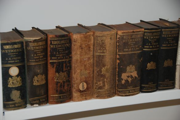 DSC_4439RechtbankBredaNederlandscheWetboeken