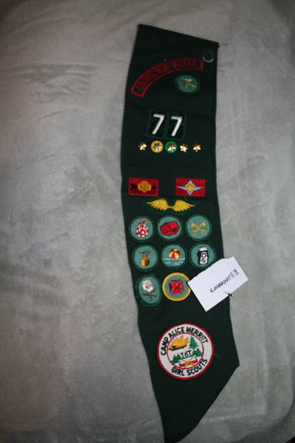 Girl Scout Sash, Canon EOS DIGITAL REBEL XSI, Canon EF-S 18-55mm f/3.5-5.6 IS