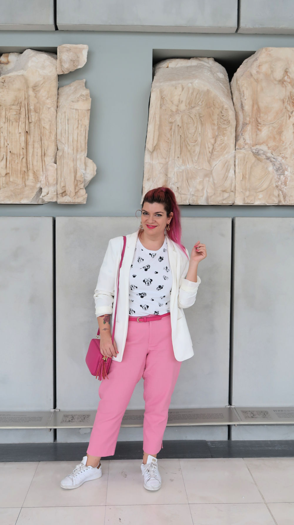 Outfit plus size bianco e rosa (1)