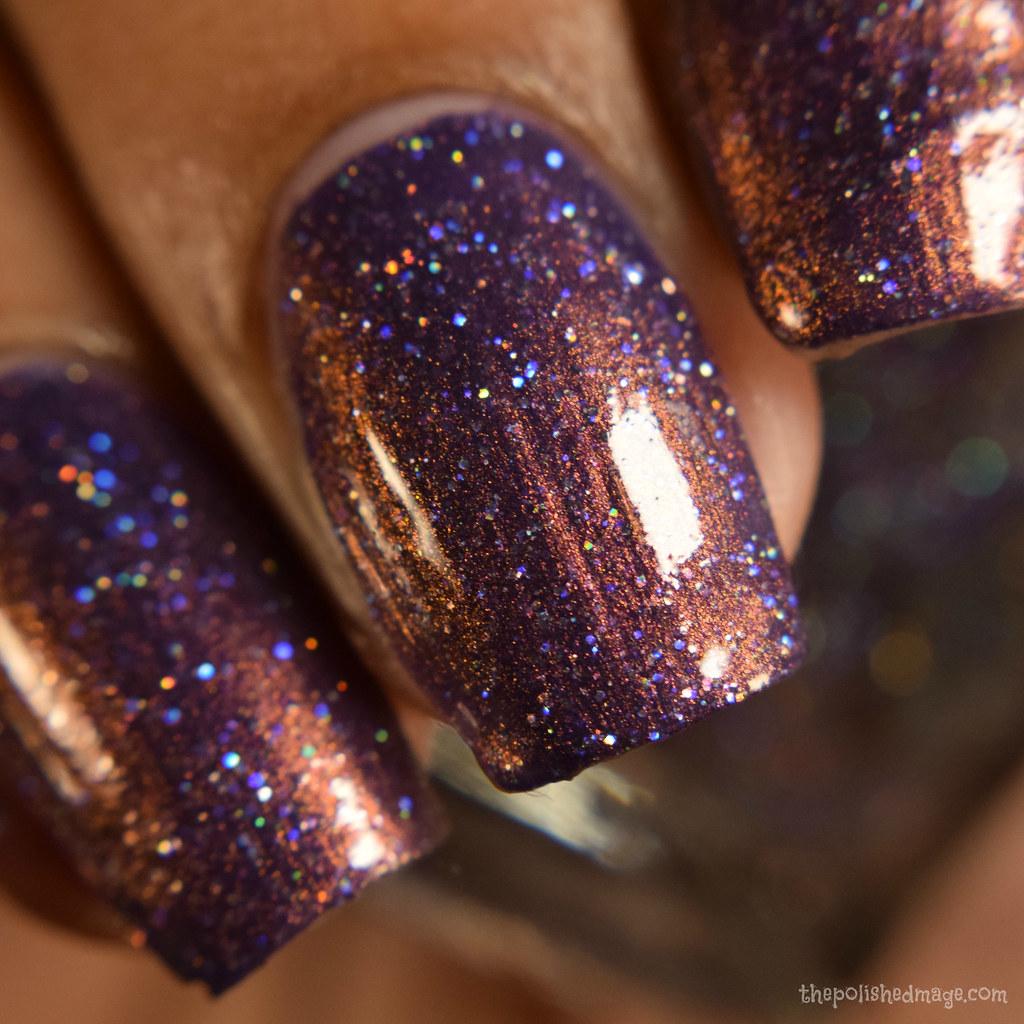 glitter reigns 3