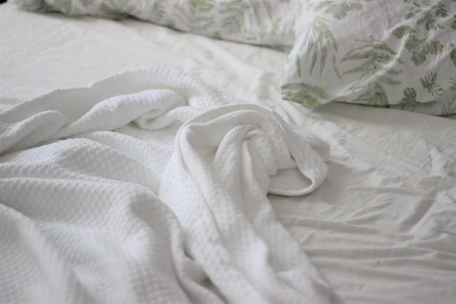 Una persona de mañanas_ Rojo Valentino Blog
