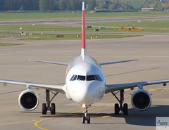 SWISS A321-111 HB-IOF taxiing at ZRH/LSZH