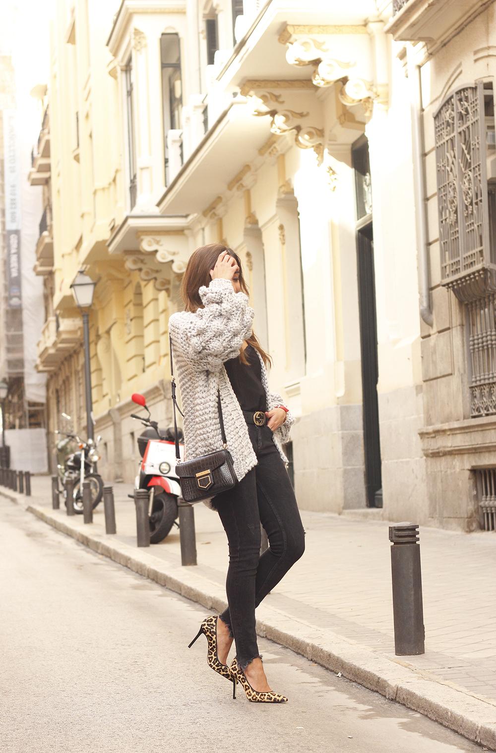 Grey cardigan black jeans folli folie watch leopard print heels starbucks tea street style fall outfit 201801