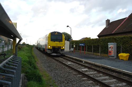 MW'41 4158 te station Bambrugge/ AR41 4158 a la gare de Bambrugge