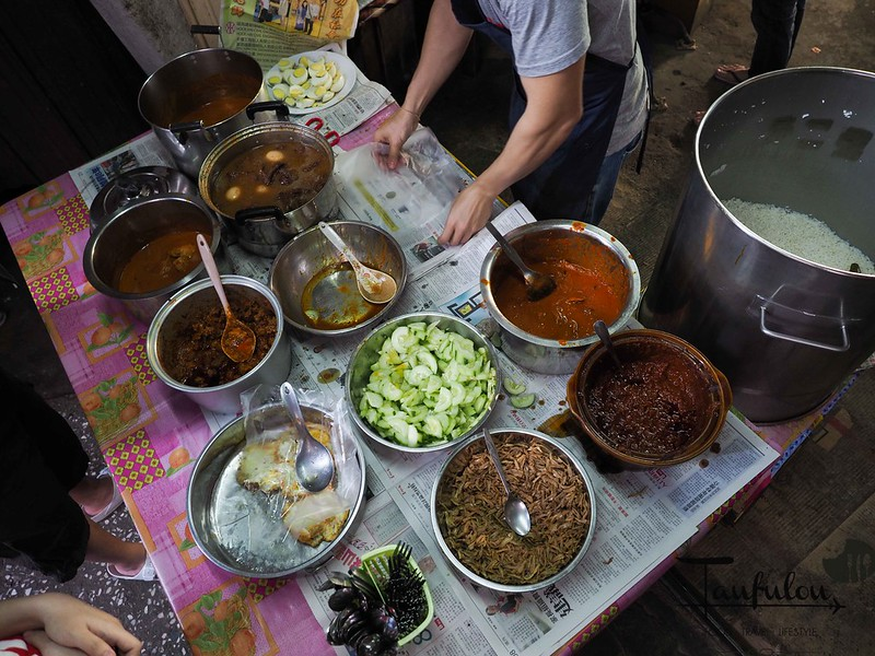 Taste Legendary Nasi Lemak Chow Kit Pasar (5)
