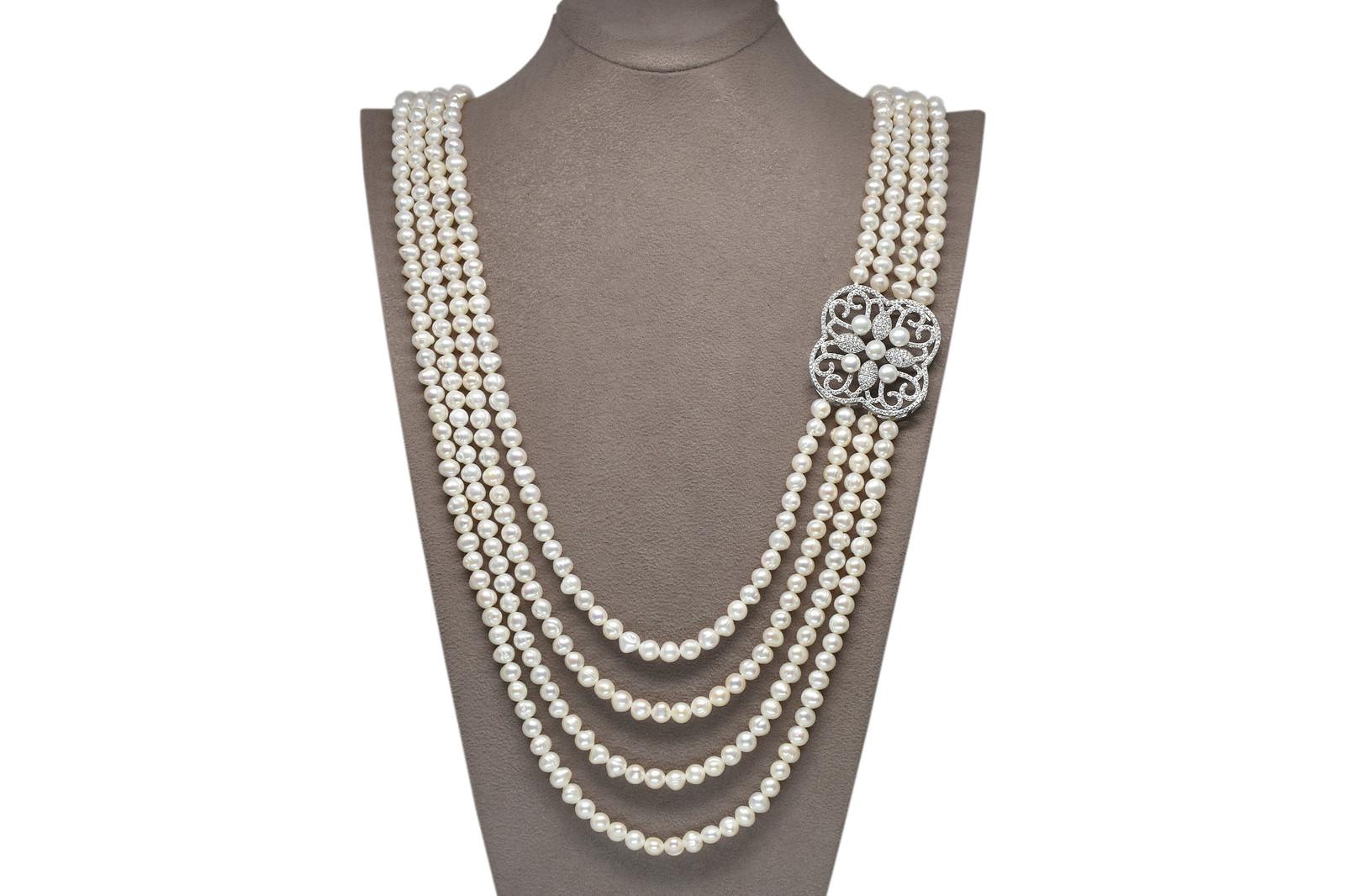 - Ahsen 925K Gümüş Broşlu 4 Sıralı Doğal Beyaz inci Kolye AH-00111