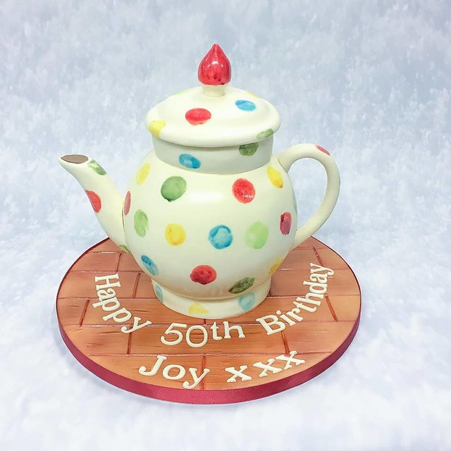 Teapot Cake by Bake That Cake