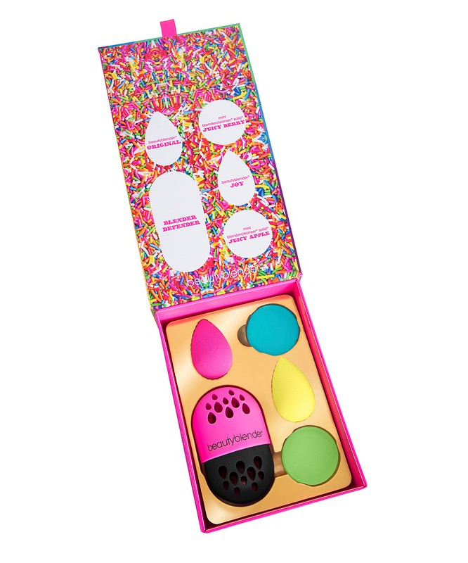 bbl105_beautyblender_blendersdelight_1560x1960-6sn36